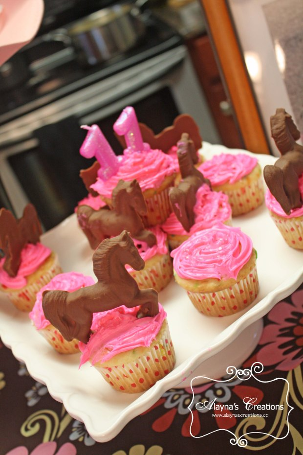 Chocolate Horse Cupcakes for Horse Themed Slumber Party