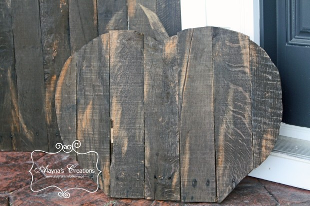 Pallet Pumpkins are a great addition to any Fall Halloween or Thanksgiving front porch decoration