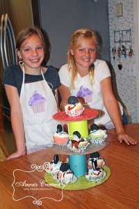 Cupcake Wars Birthday Party the purple team made banana split flavored cupcakes