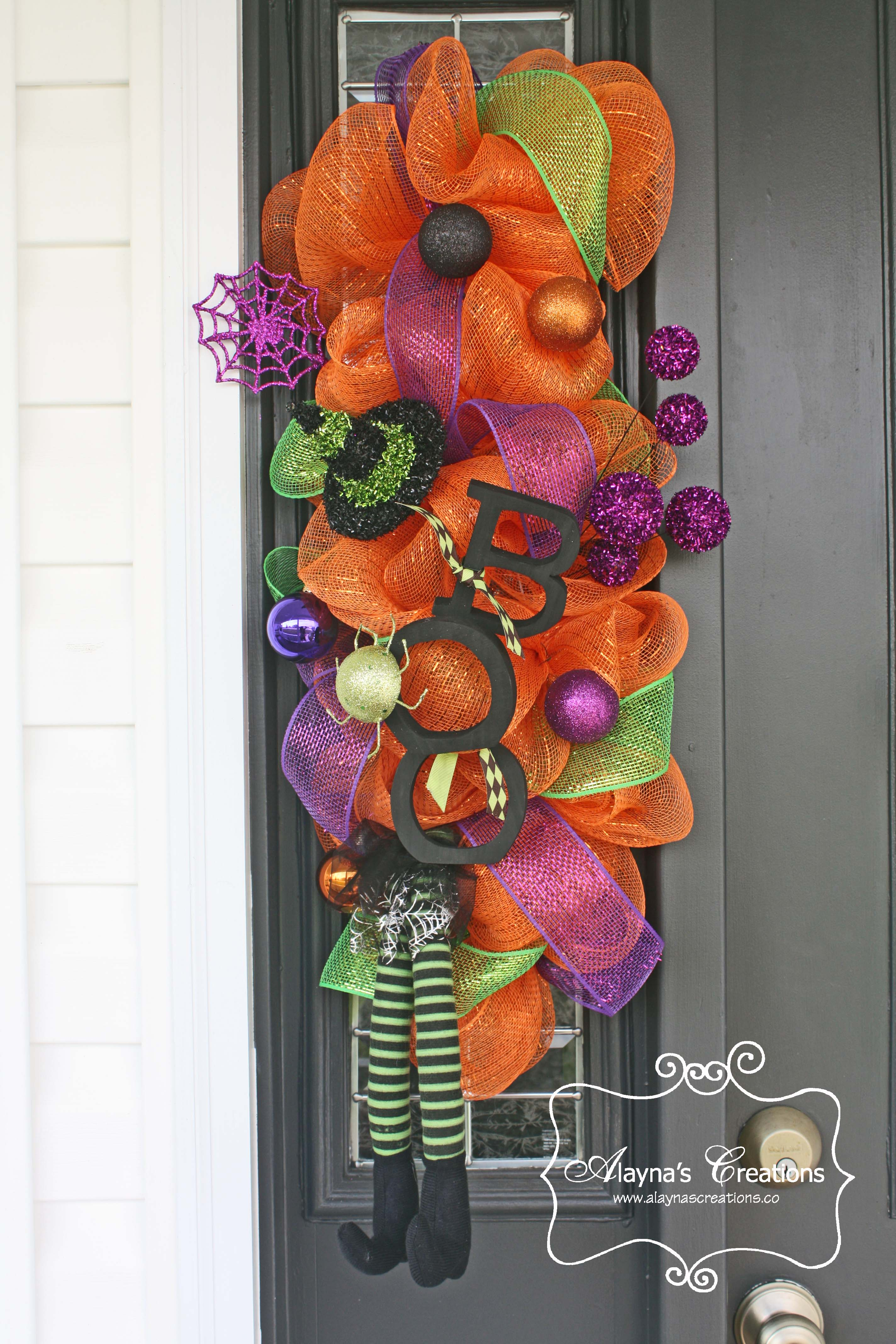 A witchy front porch diy home decor and crafts halloween swag for front door boo with witch feet rubansaba