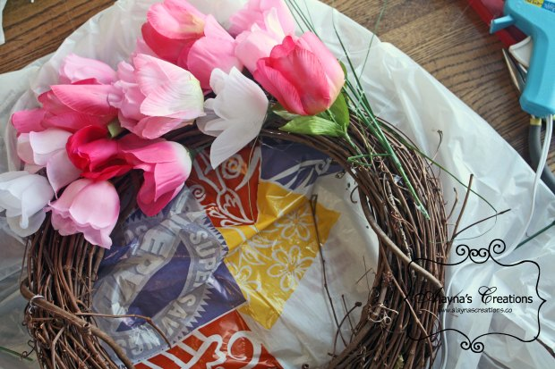 Tutorial How to Make a Spring Tulip Wreath like Pier One for Under $20